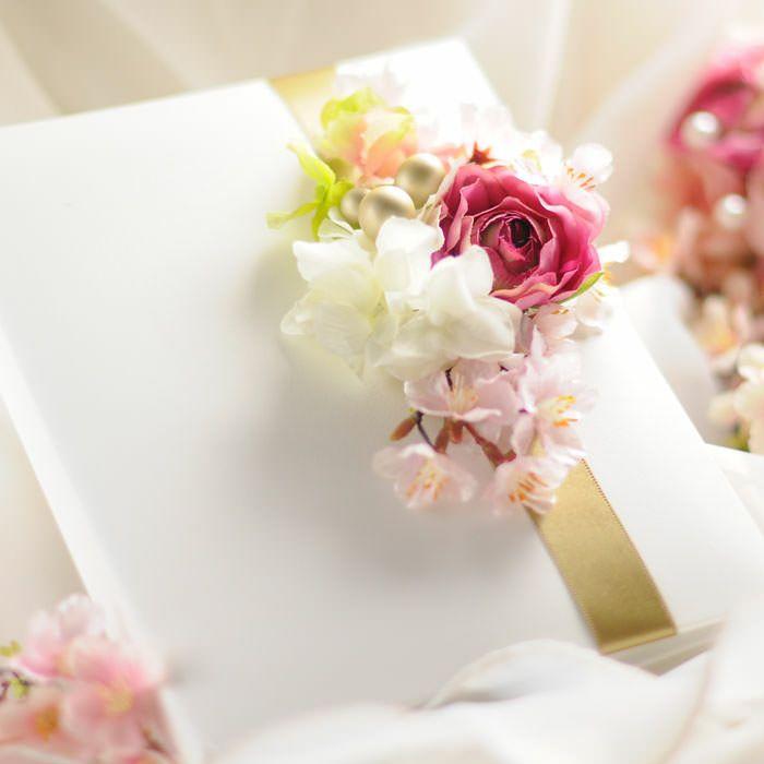 桜の花をアレンジした花嫁の手紙