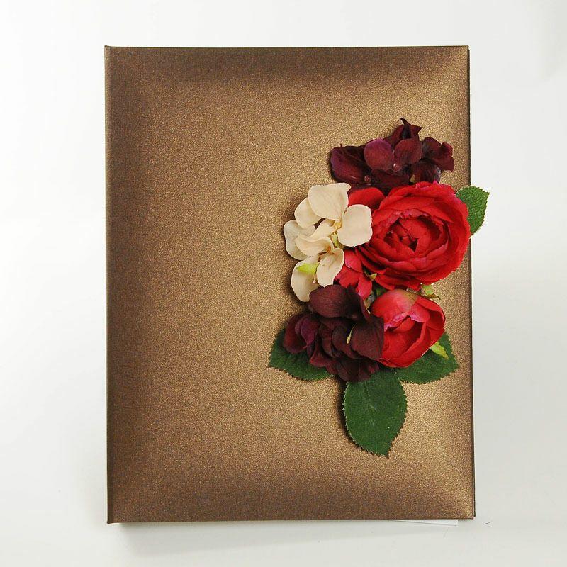 ブラウンのカバーにシックなお花をアレンジした花嫁の手紙