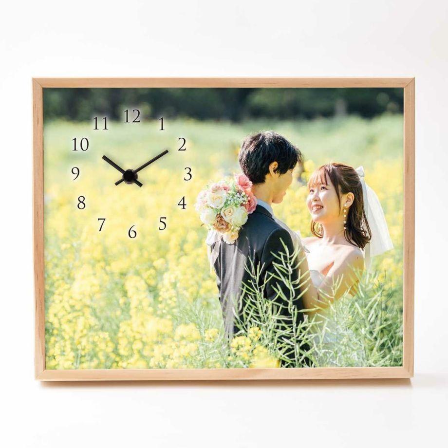 贈って喜ばれる実用的な時計を結婚式の両親贈呈品に