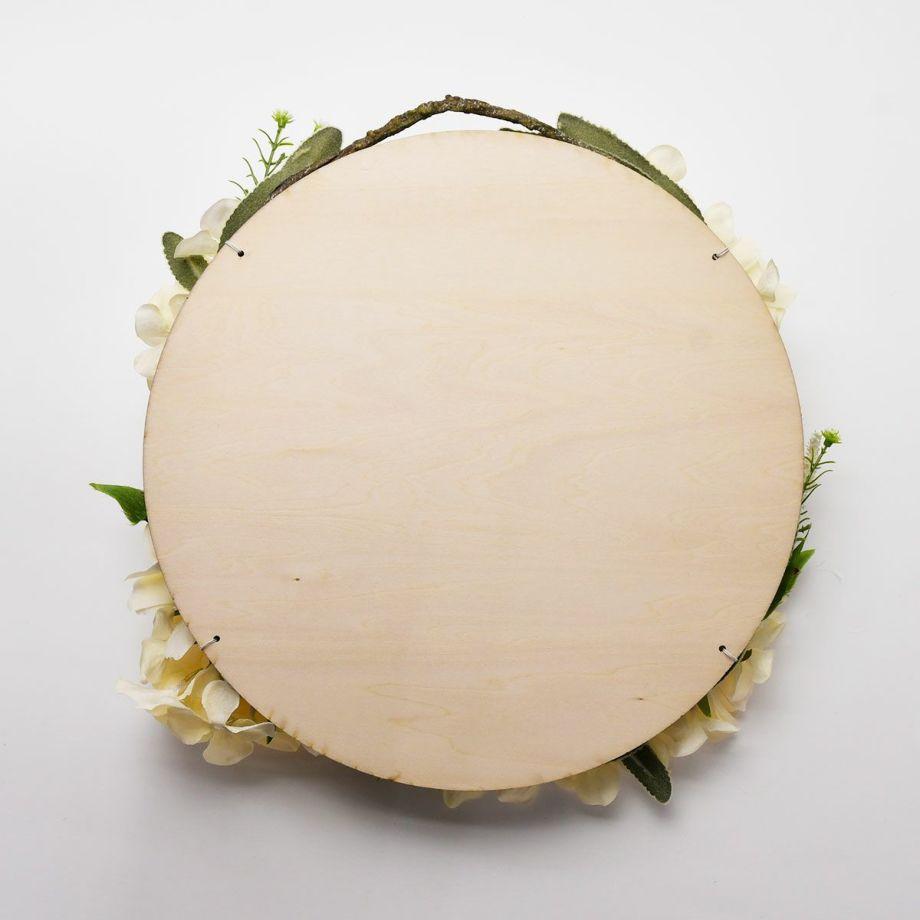 おしゃれナチュラルなリースアレンジ:木製ボードに誓いの言葉をレーザー刻印して作る結婚証明書