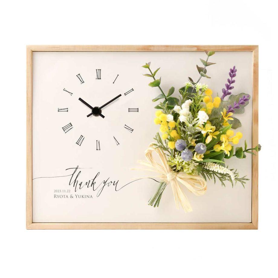 贈呈シーンにもその後お部屋に飾るにもちょうどいいベストな大きさ。お花がアレンジされているので贈呈シーンの見映えもバッチリ!