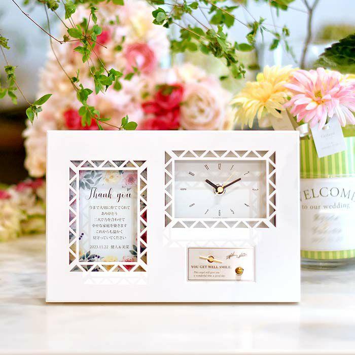 実用的な時計と癒しのオルゴールが一体になった贈り物。