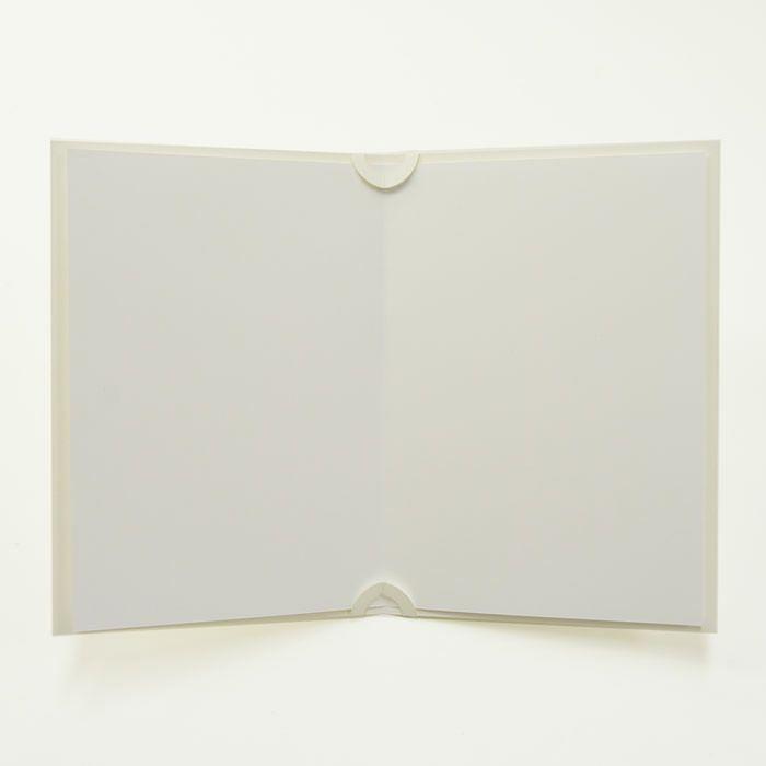 中紙は白紙でお届けしますので、手書きで誓いの言葉をしたためて