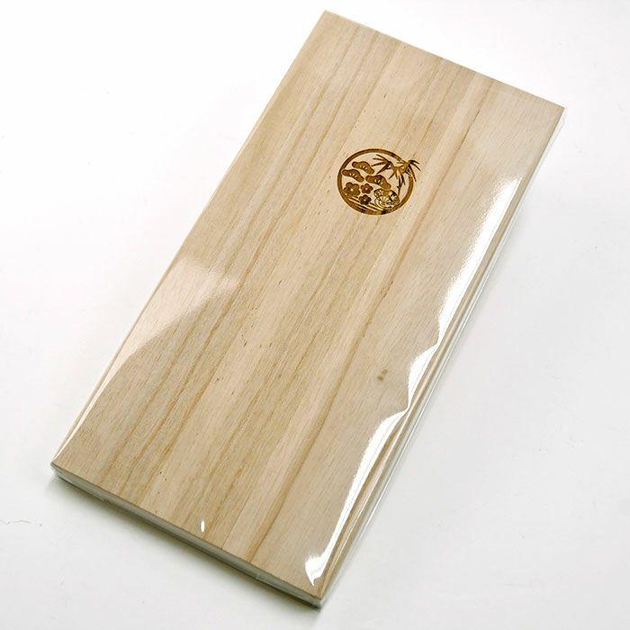 箸を入れていた桐箱は大事なお手紙や写真などを保管する文箱(レターボックス)としてお使いいただけます