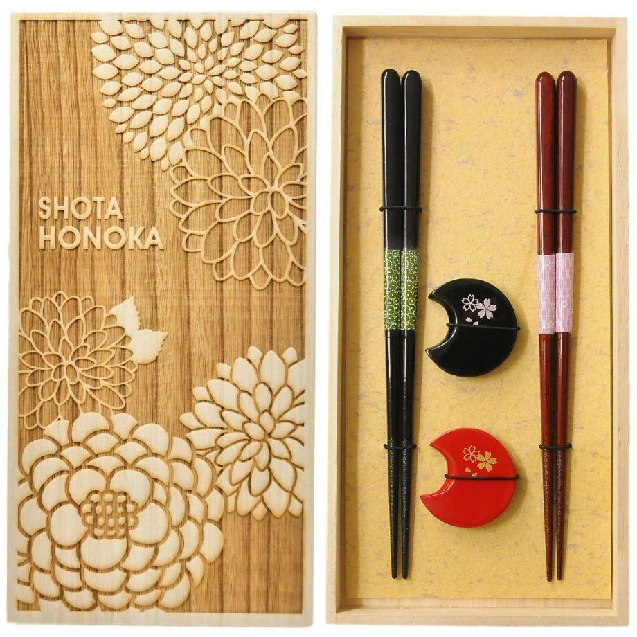 おしゃれな桐箱入りの夫婦箸と箸置きの結婚祝いプレゼント