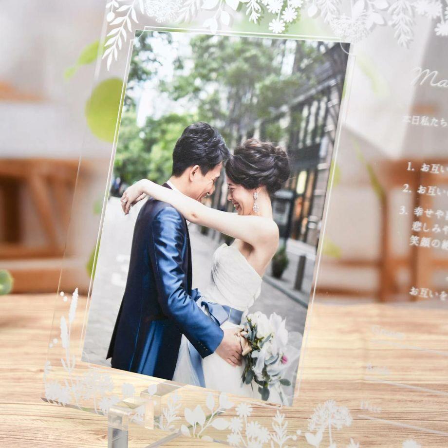 写真UV印刷入りアクリルのおしゃれな結婚証明書